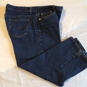Jaclyn Smith Capri Jeans